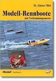 Modell-Rennboote mit Verbrennungsmotor